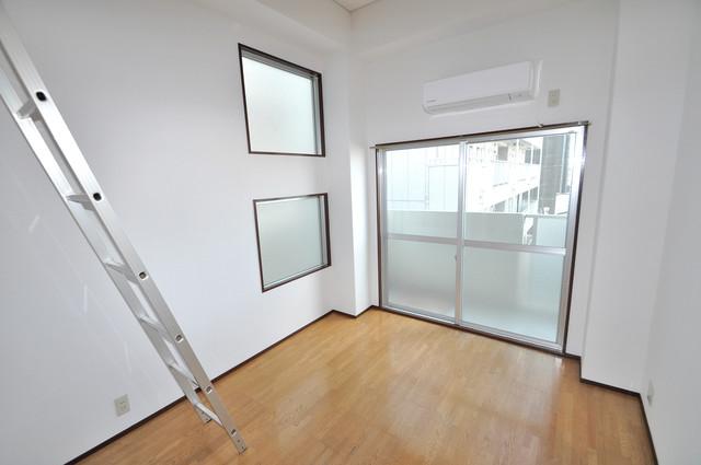 シティハイム南巽 明るいお部屋は風通しも良く、心地よい気分になります。