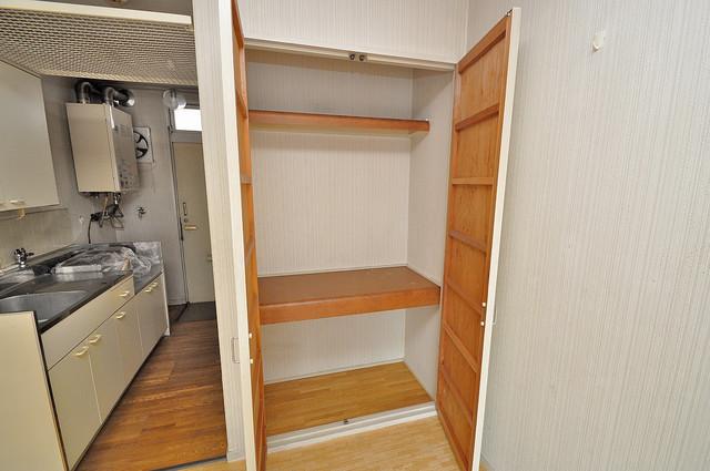 エステートピアイシイ もちろん収納スペースも確保。お部屋がスッキリ片付きますね。