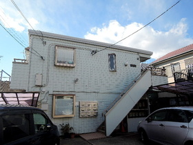 Pine's Maisonの外観画像