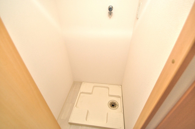 CITY SPIRE布施(ラグゼ布施) 洗濯機置場が室内にあると本当に助かりますよね。