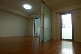 シャルール西五反田 501号室