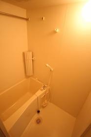 https://image.rentersnet.jp/6b88b8dd-4692-4ab9-91b9-db5f418b75d7_property_picture_1992_large.jpg_cap_浴室乾燥完備