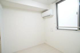 https://image.rentersnet.jp/6bbbb8ac-63db-46b4-95b0-3fa2b3e0b972_property_picture_2987_large.jpg_cap_居室