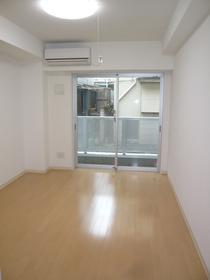 サンパティオサンアイパート10 102号室