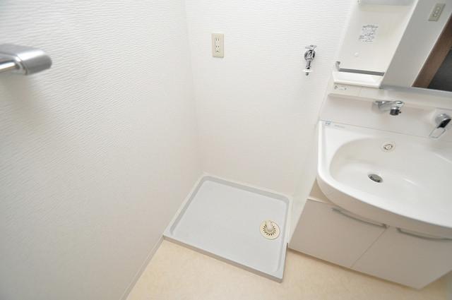 パレグリシーヌ 室内洗濯機置場だと終了音が聞こえて干し忘れを防げますね。