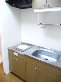 https://image.rentersnet.jp/6c244160-5243-430a-a7c7-75577cd2e9c5_property_picture_959_large.jpg_cap_キッチン