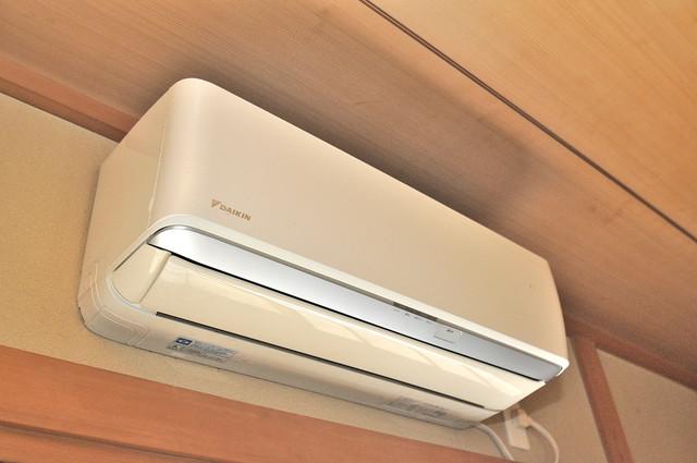 長栄寺8-24 貸家 最初からエアコンが付いているなんてお得ですね