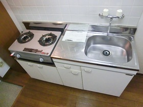 ガスコンロ設置済みの便利なキッチン!