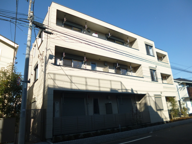 新井薬師前駅 徒歩4分外観