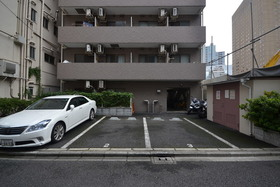 パレ・ドール九段下駐車場