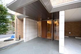 目黒駅 徒歩22分エントランス