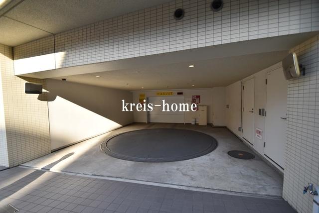 クオリア千代田御茶ノ水駐車場