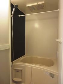 追焚と浴室乾燥機完備