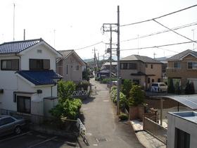 近隣は閑静な住宅街