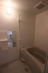 ハニービーハウス 202号室