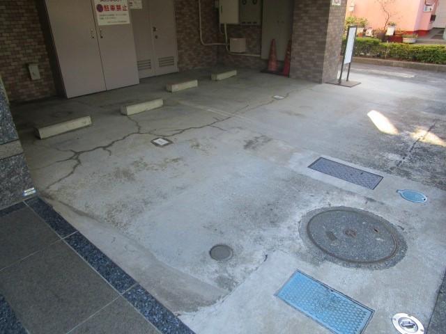 日神パレステージ町田駐車場