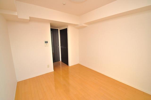 CASSIA高井田SouthCourt 陽当りの良いベッドルームは癒される心地良い空間です。