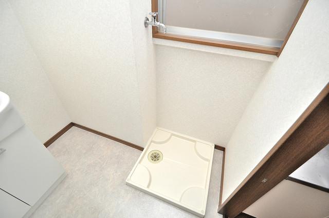 カーサ布施Ⅱ 洗濯機置場が室内にあると本当に助かりますよね。