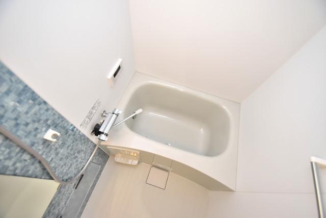 ラモーナ巽南 足を伸ばして、ゆっくりできる大きなバスルームですよ。