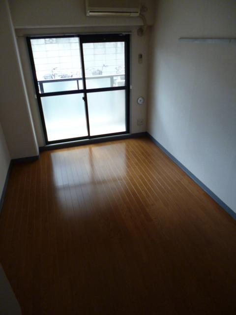 成増駅 徒歩13分居室