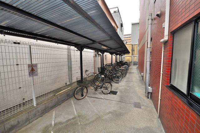 メゾン・ド・ヴィレ 深江 あなたの大事な自転車も安心してとめることができますね。