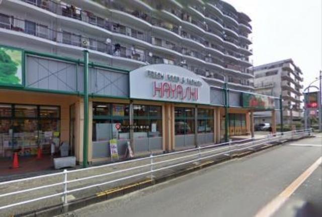 万代堺草部店