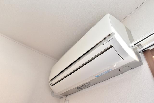 ラヴィ・クレール エアコンがあるのはうれしいですね。ちょっぴり得した気分。