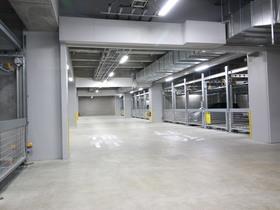 ザ・パークハウス西新宿タワー60駐車場