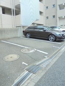 MK上大岡ハイツ駐車場
