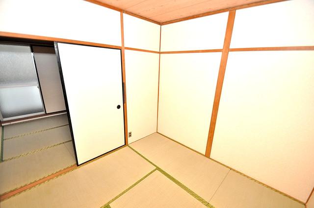 ロイヤルハイツ八戸ノ里 もうひとつのくつろぎの空間、和室も忘れてません。