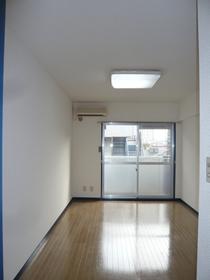 サンパティオサンアイパート5 403号室