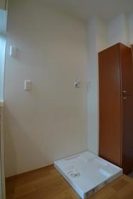 エルパレス 302号室