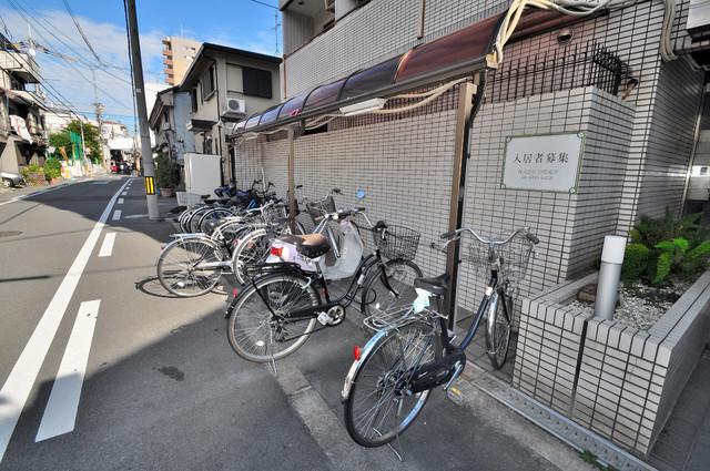 レガーレ布施 あなたの大事な自転車も安心してとめることができますね。