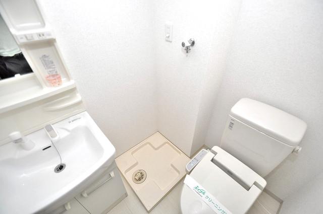 オランジュ上小阪 室内に洗濯機置き場があれば雨の日でも安心ですね。