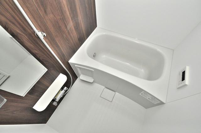 ラヴィエベル ちょうどいいサイズのお風呂です。お掃除も楽にできますよ。