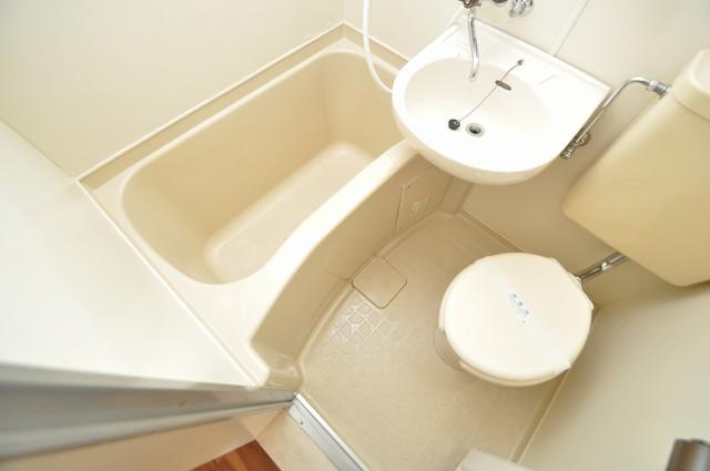 ハイツせせらぎ シャワー一つで水回りが掃除できて楽チンです