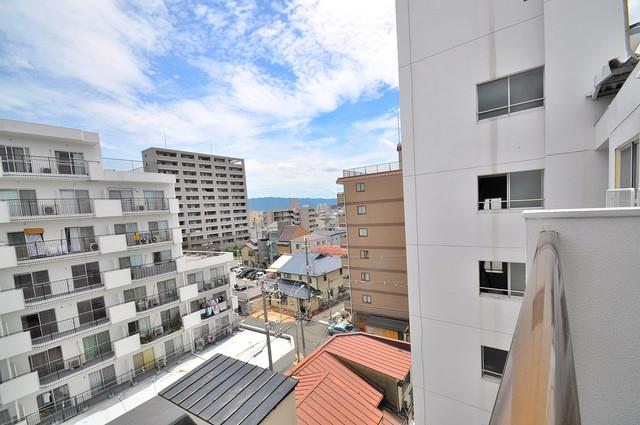 サンライフ小阪 この見晴らしが陽当たりのイイお部屋を作ってます。