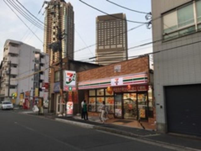 セブンイレブン梅田スカイビル東店