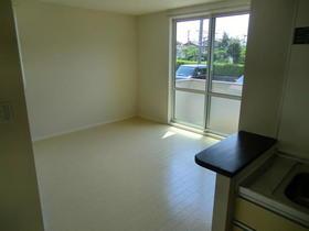 https://image.rentersnet.jp/7187b16d-3ab9-4342-ad9d-d533ef2de86d_property_picture_959_large.jpg_cap_居室