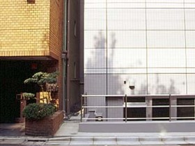 浜松町駅 徒歩3分エントランス