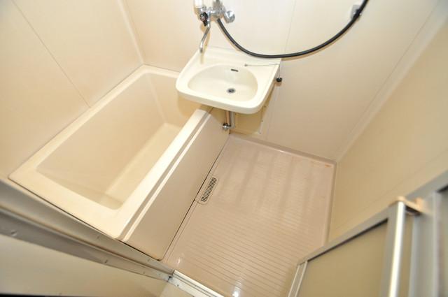 ハイツコスモ ちょうどいいサイズのお風呂です。お掃除も楽にできますよ。