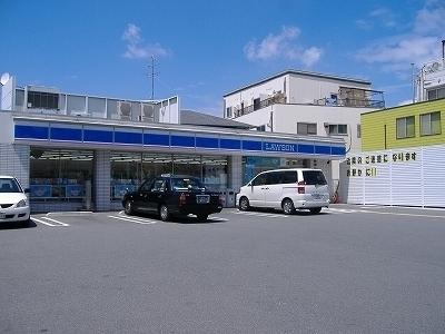 レオパレスMITOⅡ ローソン東大阪近江堂三丁目店