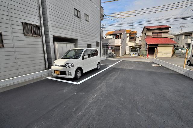 cocotii(ココティ) 敷地内にある駐車場。愛車が目の届く所に置けると安心ですよね。