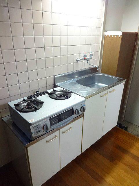 内山アパートキッチン