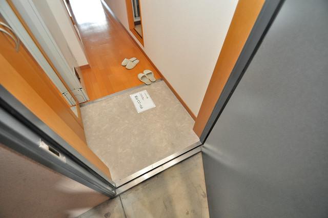 プランドール南巽 素敵な玄関は毎朝あなたを元気に送りだしてくれますよ。