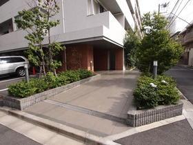 泉岳寺駅 徒歩17分エントランス