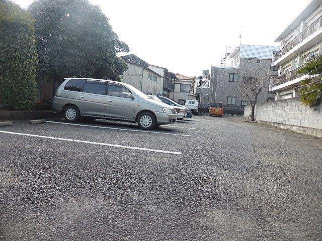 トキワビル駐車場