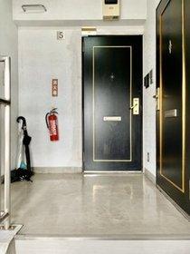 クレッセント梅屋敷 502号室