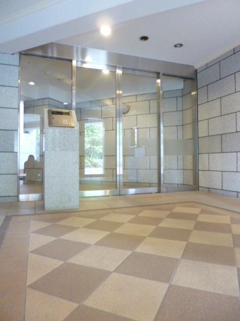 スカイコート文京小石川第3エントランス