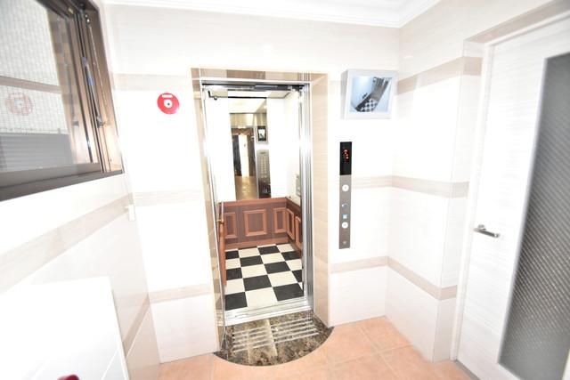 Luxe森之宮 エレベーター付き。これで重たい荷物があっても安心ですね。
